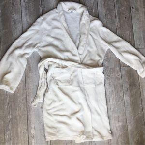 Ulta Beauty Plush Robe Off-White